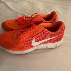 Nike shoes 9 1/2